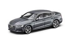 Audi A5 Sportback 1:87 Gris mousson+Blanc glacier 5011605022 5011605021
