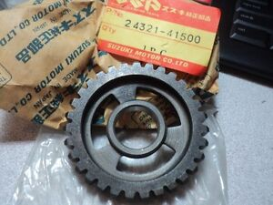 1978-82 SUZUKI PE RS 175 PE175 RS175 2ND GEAR DRIVEN NOS OEM P/N 24321-41500