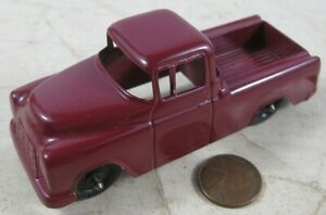 """Vintage 1950's Die Cast 4"""" Tootsie Toy Chevy Cameo Carrier Truck Burgundy"""