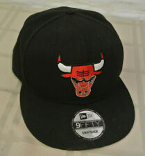 28cc9d2ba620a8 New Era NBA Chicago Bulls CUS METAL THREAD Badge Black 59FIFTY Snapback Hat  Cap
