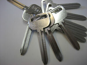 Lot of 10 TR47 Key Blank / Nickel Plated / JMA Made in Mexico / Small Head / New
