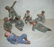 """Sieben alte Masse Figuren Soldaten 10cm """"Lagerleben"""" Elastolin um 1915 WK I"""