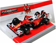 SEBASTIAN VETTEL FERRARI F1 2016 1:43 Racing Car Model Diecast Formula One