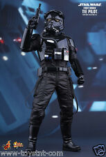 STAR WARS EPISODE 7 FIRST ORDER TIE PILOT 1/6 HOT TOYS