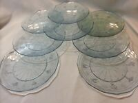 """Set of 12  Arcoroc Minos pattern  Clear Glass France 8"""" Salad  Plates"""