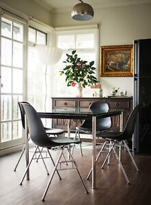Set of 4 Eames DSS chairs for Vitra Mid Century Modern MCM Design Scandinavian