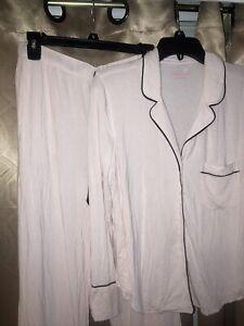 Victoria's Secret Soft Pajamas Set 2 Pcs Pjs Medium Short
