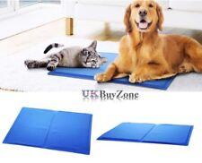 Couchage, paniers et corbeilles bleus pour chiens grands