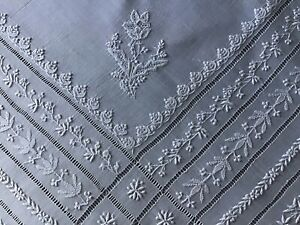 STUNNING ANTIQUE WHITE FINE TABLECLOTH~WHITEWORK EMBROIDERY/DRAWN THREAD WORK.