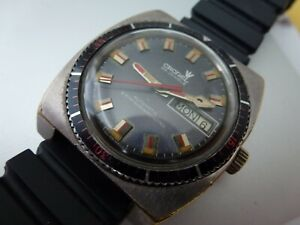 VINTAGE GENTS SWISS AUTO DIVERS CRONEL 25J DAY DATE WATCH BLUE DIAL