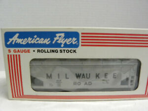 AMERICAN FLYER-S Gauge Arco Polymers Covered Hopper