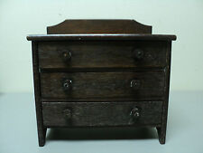 VINTAGE SALESMAN'S SAMPLE SIZE CHILD'S OAK THREE DRAWER CHEST, WOOD KNOBS