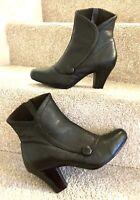 "Clarks Victorian Style Ankle Boots Uk5 E Black Grain Leather Women's 2.75"" Heel"