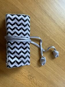 NEW zig Zag Jewellery Case, Travel Bag, Protector, Roll