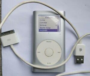 APPLE IPOD A1051 4GB MINI SILVER 2nd GENERATION 2005