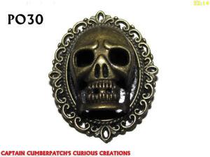 Steampunk broche insignia con Pin Plata Oscuro Cabeza Cráneo determinación Aries Ram #RH03
