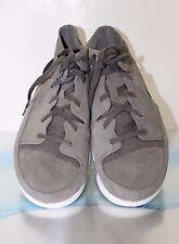 Men's CLARKS TRIGENIC EVO Shoes, Grey Suede - Size 10.5 US