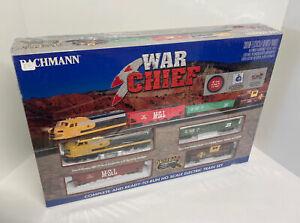 SEALED Bachmann 00746 HO Scale War Chief Train Set