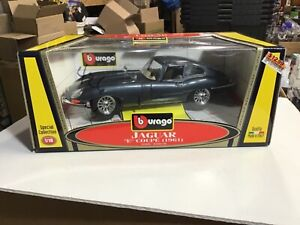 Bburago Jaguar E Coupe 1961, 1:18 Scale, Die Cast