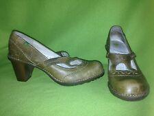 Olive Green El Naturalista Heels 9 40