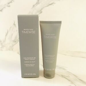 """Mary Kay TimeWise Age Minimize 3D Night Cream Combination To Oil Skin. """"NEW"""""""