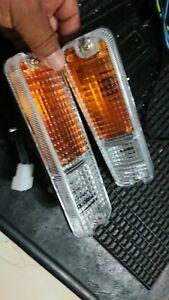 DAIHATSU F70 ROCKY FEROZA FOURTRAK TURN SIGNAL LAMP ASSY FRONT BUMPER 1 PAIR, 2X