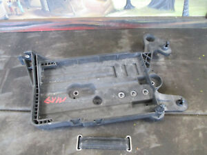 Audi A3 8V / VW Golf Mk 7 - Battery Tray Console  5Q0915331J  5Q0915321H