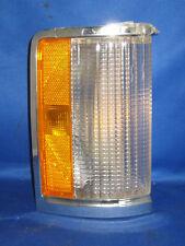 1980, 1981, 1982 Full Size Ford & Mercury NOS RF Park Lamp Assemb - E0AZ 13200 B