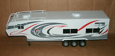 1/32 Scale Camper Trailer Plastic Model - Gooseneck Camping RV Caravan Trailer