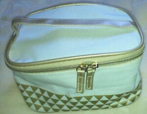 Yves Rocher Make-up/Cosmetic/Beauty Bag white with gold geometric pattern NEW