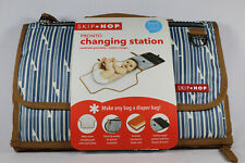 SKIP HOP Baby Pronto Portable Changing Station with Cushioned Changing Mat Wipes