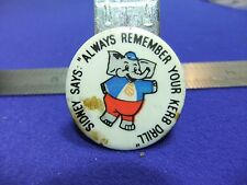 vtg tin badge road safety sidney says remember your kerb drill 1950s 60s