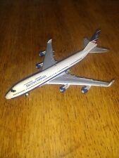 Jumbo jet model, ERTL ,number 1074g.