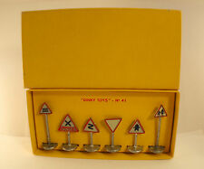 Dinky Toys F N°41 Boxset Signs Traffic Road Road New IN Box