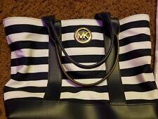Michael Kors Bag Black and White
