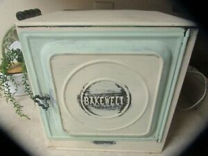 """ANTIQUE """" BAKEWELL """" PRIMITIVE RUSTIC STOVE TOP OVEN PIE SAFE BREAD BOX CAKE"""