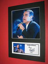 Robbie Williams A4 Foto Mount signiert vorgedruckt Take That-CD