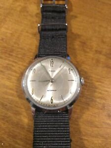 Vtg 1966 Timex Marlin Men's watch, 20172466 running windup Serviced new band G