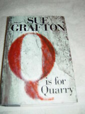 A Kinsey Millhone Novel: Q Is for Quarry 17 by Sue Grafton (2002, Hardcover)