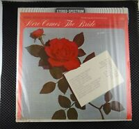 Here Comes The Bride (Stereo Spectrum Records – DLP-618)