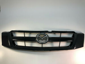 2005 - 2006 Mazda Tribute Front Grille Assembly Black 5T2-48150-BAW OEM