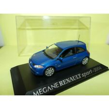 RENAULT MEGANE II SPORT 2004 Bleu UNIVERSAL HOBBIES Collection M6 1:43