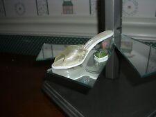 1999 Raine-Just The Right Shoe Figurine-Crocus-Good Condition