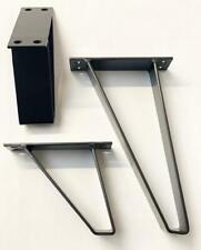 Singular Black triangular metal furniture legs