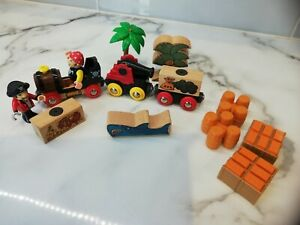 Brio Pirate Train, Cannon, Palm Trees, Shark, 2 Pirate Figures
