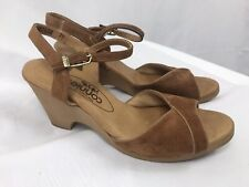 "Vintage 80's Connie Yo-Yo's Women's Sandals Sz 7M Brown Suede 2.5"" Heel Open Toe"