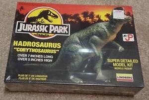 Dinosaur (Hadrosaurus) model kit by Lindberg