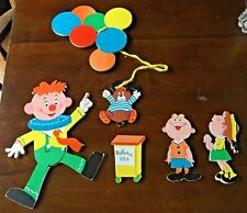 Vintage Dolly Toy Co. Clown Balloon Vendor Nursery Wall Hanging Pin-ups 1973