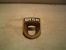 1 Stück Wega Emblem für Wega Type 201 u.301/501 guter Zustand