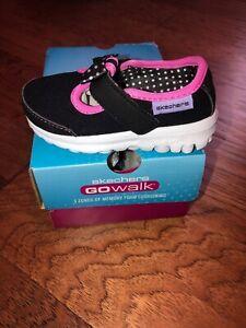 New Skechers Toddler Girls Go Walk Black Mary Jane  5